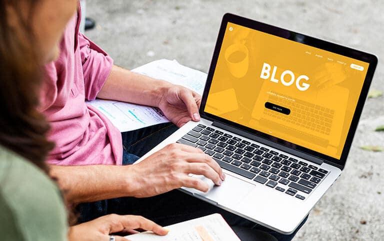 man laptop blog
